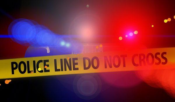 Estudiante universitario muerto por neumáticos que salieron disparados