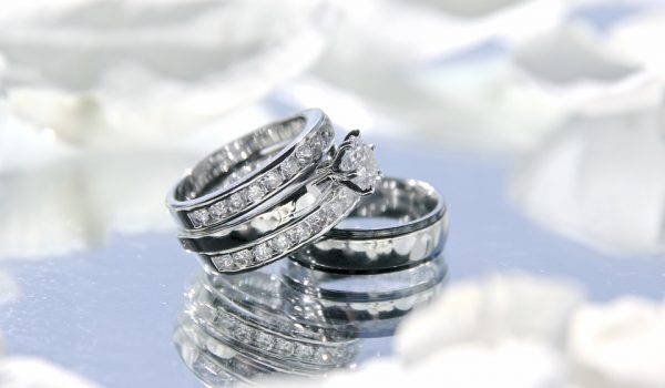Se casaron 36 parejas gratis en el Día de los Enamorados en Minneapolis
