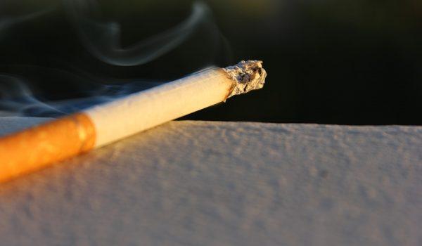 Pudiese aumentar la edad mínima para comprar cigarros