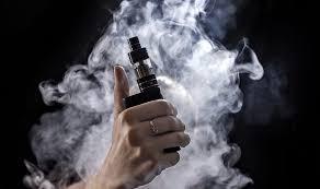 Trump propondrá la prohibición de los aromatizantes utilizados en los cigarrillos electrónicos