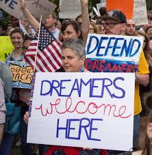 A siete años de DACA, los dreamers siguen esperando que el Congreso les abra la puerta de la green card