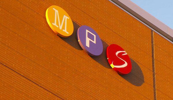 Secundaria y High School de Minneapolis regresarán al aula en Abril