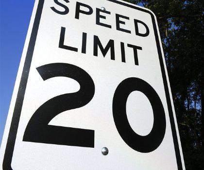 Modifican límites de velocidad