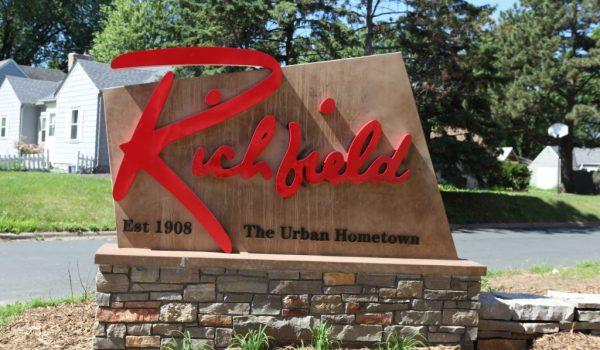Pega Covid en Richfield tres veces más duro a Latinos
