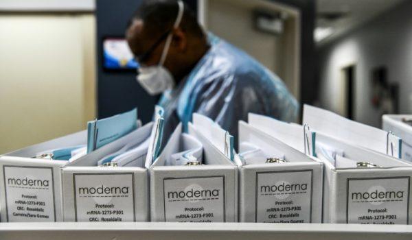 Solicitará Moderna hoy lunes Autorización de Emergencia para su vacuna