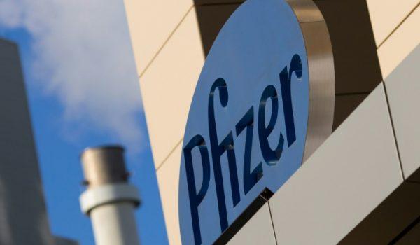 Reino Unido, primero en aprobar vacuna de Pfizer