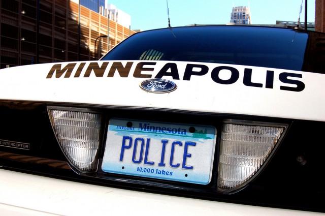 Propone Concejo de Minneapolis re dirigir casi 8 millones de la Policía a actividades de prevención