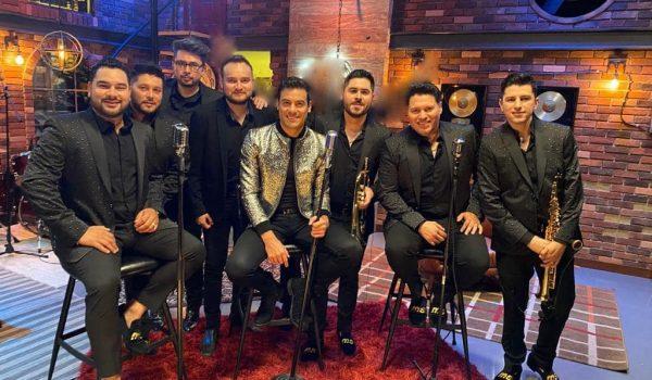 """Banda MS y Carlos Rivera lanzan """"No Me Pidas Perdón"""""""