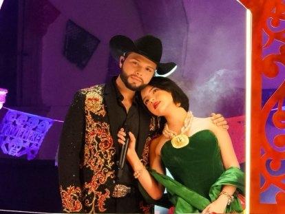 Ángela y Leonardo Aguilar graban 'Aférrate a la Vida' junto a la Banda Andreu.